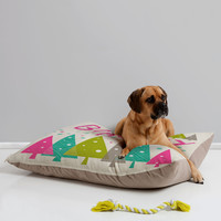 Heather Dutton Be Merry Pet Bed