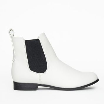 Missguided - Katie Flat Chelsea Boots White