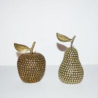 Vintage Brass Studded Apple and Pear Set of 2 Brass Studded Fruit Brass Apple Brass manzana Brass Apfel Brass Pomme Brass Pear