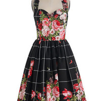 Bernie Dexter Hide in the Hydrangeas Dress in Pink Noir | Mod Retro Vintage Dresses | ModCloth.com