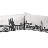 BROOKLYN BRIDGE PILLOW CASE SET