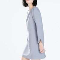 Round-necked dress