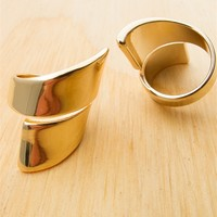 Pointed Twist Crossed Ring Set - Gold
