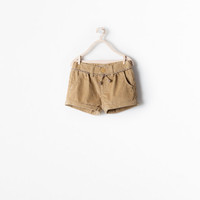 Corduroy shorts with belt