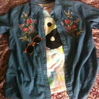 Grunge Vintage Stitch Color Jean Hummingbird Button Down Top