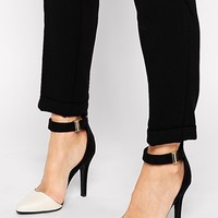 New Look Snap Black & White Two Part Heeled Shoes