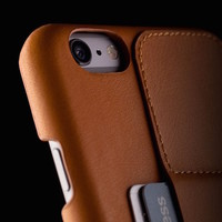 Leather Wallet Case 80° for iPhone 6 Plus by Mujjo | The Gadget Flow