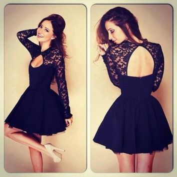 2014 Fashion Halter Stitching Lace Dress (M)