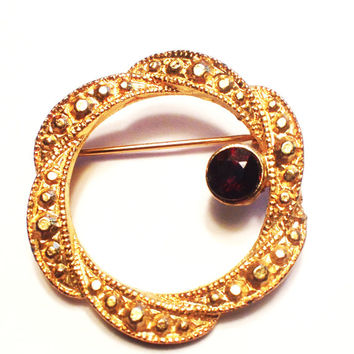 Vintage Gold Circle Pin Brooch , Beaded Goldtone with One Garnet Rhinestone, Small