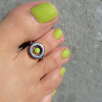 Toe Ring, Hematite Metal Ring, Bright Green Bead Toe Ring