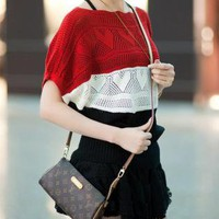 Color Blocked Batwing Sleeves Knitwear