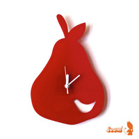 Red Birdie in a Pear Wall Hanging Clock