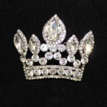 2 1/2in Wide x 2in Tall Rhinestone Silver Crown Brooch/ Pin