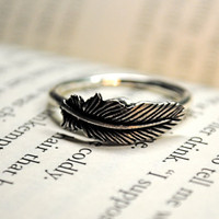 Silver Feather RIng Size 11