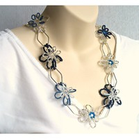 Ooak Beadwork flower necklace / £38