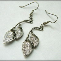Calla Lily Earrings Dangle