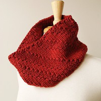 Chunky Knit Cowl - Fall Winter Fashion - Luxurious Neckwarmer in Merino Wool, Alpaca, and Silk