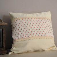 Cream pillow case with ribbon and red rhombus - vintage style