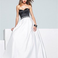 sweatheart A-Line open back white and black Long with Sequins Prom Dress PD0944