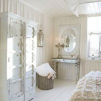 i love white / Beautiful bedroom