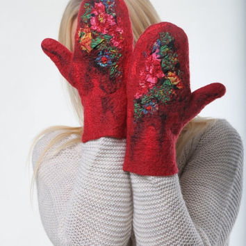 CHRISTMAS SALE 15% OFF Felted gloves / arm warmers / warm felted / wool mittens Ethno-style with Ethno pattern in Red color