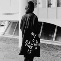 MY BAUHAUS IS BETTER THAN YOURS Extragroße Stofftasche Stefan Marx Edition (black) | selekkt.com