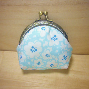 SALE Blue White Flowers kisslock frame purse id1330028 coin purse, snap purse, metal frame purse, knitting stitch marker purse, japan fabric