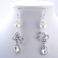 Stunning Rhinestones & White Shell Pearl Crystals Earrings Wedding Jewelry