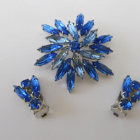 Vintage Blue Rhinestone Brooch Matching Clip On Earrings