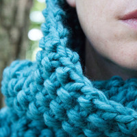 Chunky Teal Autumn Hand Knit Cowl - Wedgewood