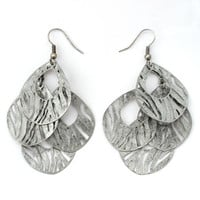 333552-EE63089-004-Zebra Print Antiqued Silver Earrings