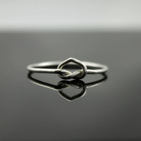 Sterling Silver heart ring. Love knot ring infinity ring. Unique promise ring, committment ring, Purity ring.