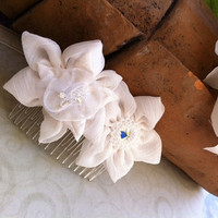 Bridal hair comb, Swarovsky bridal hair accessories, Two white handmade flowers fascinator, Wedding comb,Hair piece wedding accessory