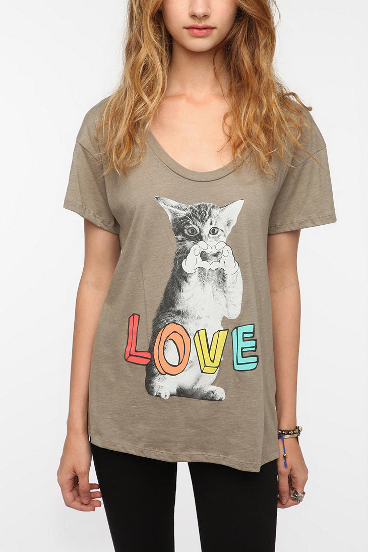 Corner Shop Kitten Heart Tee