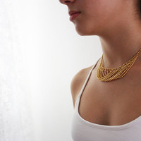 Statement necklace. Gold necklace.