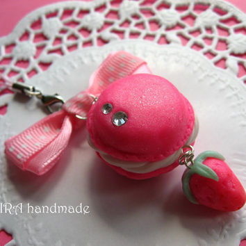 Kawaii cute handmade polymer clay french macaroon juicy pink strawberry bowknot lolita cell phone strap charm