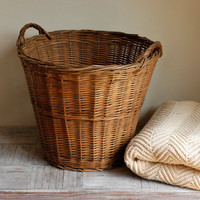 Vintage Large Woven Basket by bonnbonn on Etsy