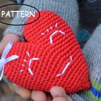 Red Valentines heart,Pattern PDF,Valentines day,Ornament,Crochet heart pattern,Home decor,Funny heart,Stuffed heart,Heart decor, KIT,  DIY