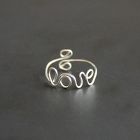 Love Ring Wire on Luulla