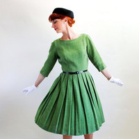 Sale - Vintage 1950s Green Wool Pleated Dress. Peck & Peck. Mad Men Fashion. Cocktail Dress. Office. 50s Party Dress. Fall Fashion. Medium