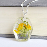 Pressed Botanical Jewelry. Yellow Wild Flower in Resin. Real Flower Jewelry. Pressed Flower Necklace