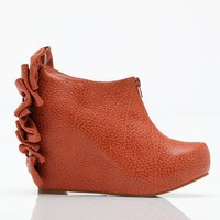 Need Supply Co. / Jeffrey Campbell / Backbow Wedge
