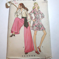 Vintage Pattern Butterick 1970s ladies lounge wear pantsuit retro look size 10