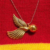 Harry Potter Inspired Snitch in Flight Necklace by scarletpyrate