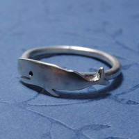 Silver whale ring