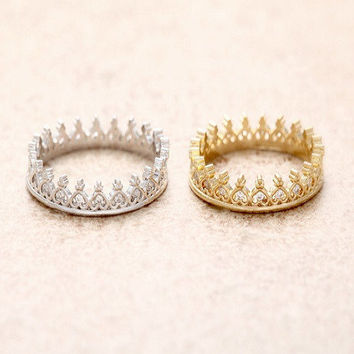 Sparkly Crystal Crown Ring in 14k Gold