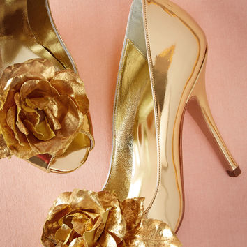 Golden Rose Pumps