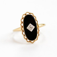 Vintage 10k Yellow Gold Black Onyx and Diamond Ring - Retro Size 8 Black Gem Fine Jewelry with Scalloped Designs
