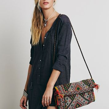 Z & L Womens Cantina Carpet Clutch - Multi One