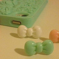 Hello Kitty Earphone Dust Plug Bow in Mint